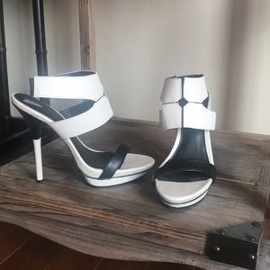 Bcbg Paris Greer color block heels